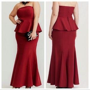 Torrid maxi strapless red dress